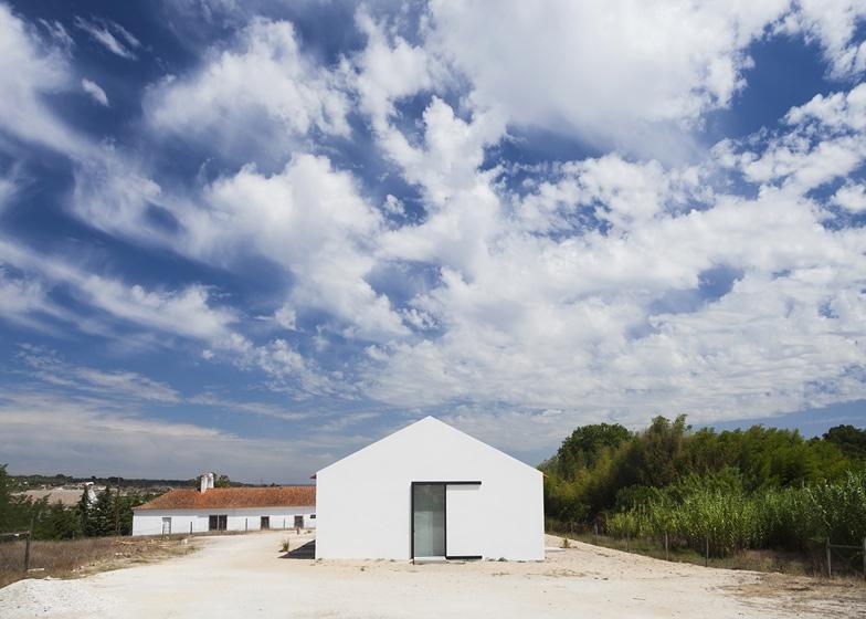 Casa de Leziria-6-arquitectura-domusxl