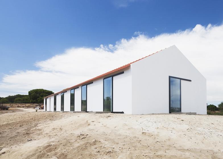 Casa de Leziria-7-arquitectura-domusxl