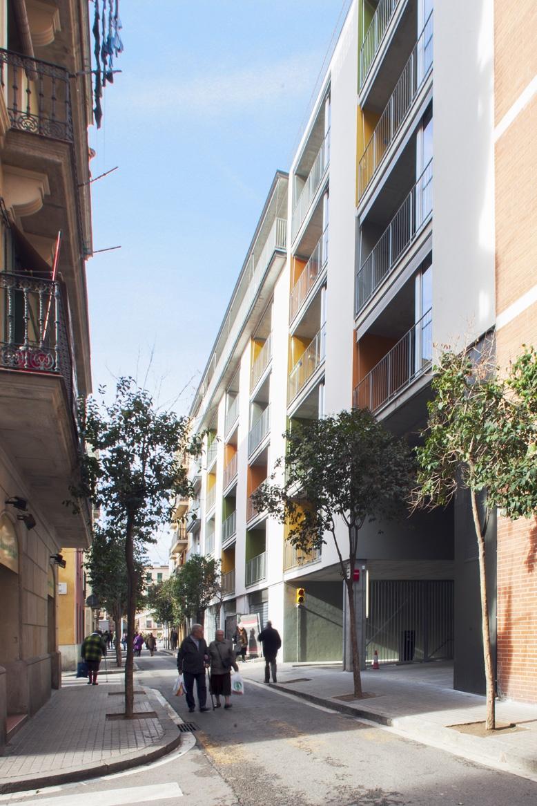 Bloque de viviendas-España-1-arquitectura-domusxl