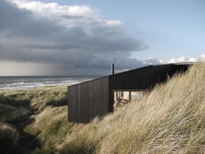 Casa de vacaciones en Henne-Dinamarca-10-arquitectura-domusxl
