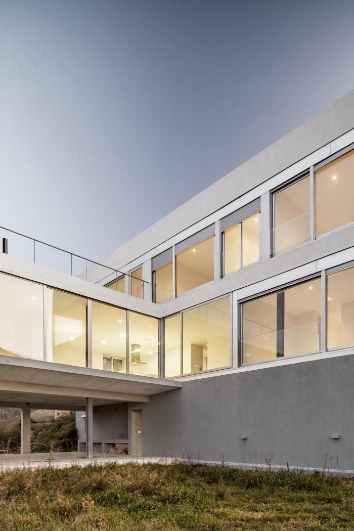 Casa JGC-España-16-arquitectura-domusxl