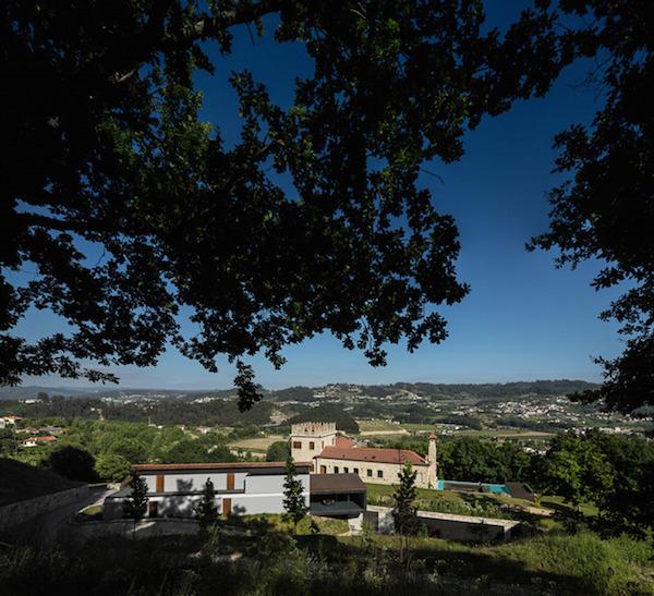 Casa-en-Guimarães-domusxl-2