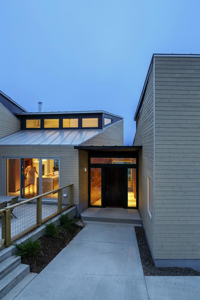 Omar_Gandhi_Float_Residence_Halifax-300